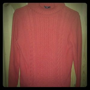 Gap sweater size large
